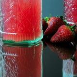 Erdbeere und Saft Lizenzfreie Stockbilder