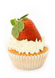 Erdbeerekleiner kuchen Stockbild