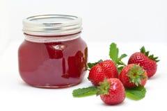 Erdbeeremarmelade stockfotografie
