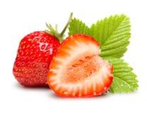 Erdbeeren Makro mit Blättern Lizenzfreies Stockbild