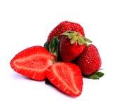 Erdbeeren mit Blättern Auf einem Weiß Stockbild