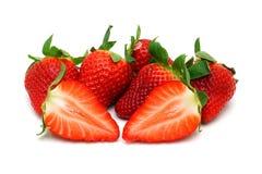 Erdbeeren mit Blättern Lizenzfreies Stockfoto