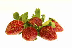 Erdbeeren trennten Weiß Stockfoto