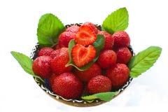 Erdbeeren und Minze Lizenzfreies Stockfoto
