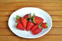 Erdbeeren und Orangen Lizenzfreies Stockfoto