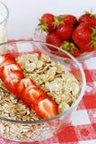 Erdbeeren zum Frühstück Stockfotografie