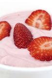 Erdbeerjoghurt Lizenzfreie Stockfotografie