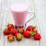 Erdbeermilch stockfoto