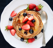 Erdbeerpfannkuchen Stockfotos