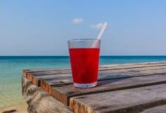 Erdbeersaft lizenzfreie stockfotos
