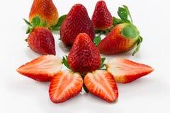 Erdbeerscheibe lokalisiert auf weißem Hintergrund Stockfoto