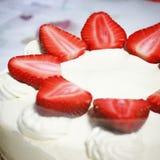 Erdbeerschuss-Kuchen Stockfotos