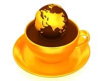 Erde auf Tasse Kaffee. 3d Stockfotos