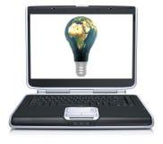 Erde der Lampe 3D gemasert auf Laptopbildschirm Stockfotografie