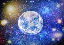 Erde, Galaxie und Sonne Elemente dieses Bildes geliefert von der NASA Lizenzfreies Stockfoto