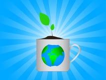 Erde im Cup Lizenzfreie Stockbilder