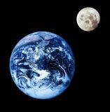 Erde und Mond lizenzfreies stockfoto