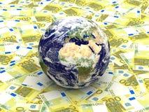 Erde unter Eurobanknoten Stockfotografie