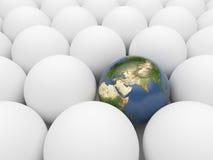 Erde unter weißen Kugeln. Eindeutiger Planet. 3D Stockfoto
