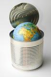 Erde von der Dose lizenzfreie stockbilder