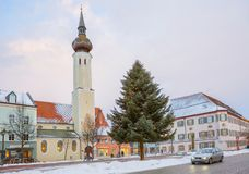 Erding, la Germania e l'orizzonte della città Inverno immagini stock