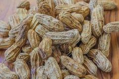 Erdnüsse aus den Grund Stockfotografie