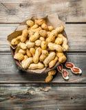 Erdnüsse in der Schüssel lizenzfreies stockfoto