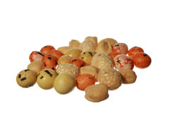 Erdnüsse im Puderzucker lokalisiert Lizenzfreies Stockfoto