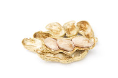 Erdnüsse lokalisiert auf weißem Hintergrund Stockbilder