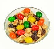 Erdnüsse, Rosinen und Geleebonbons Lizenzfreie Stockbilder