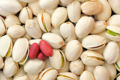 Erdnüsse und Pistazien Stockfotografie