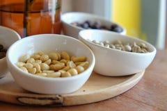 Erdnuss in der Whitschale Stockfotografie