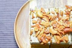 Erdnuss und Acajounusskuchen Lizenzfreies Stockfoto