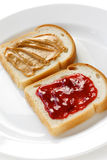 Erdnussbutter u. Geleesandwich stockfoto