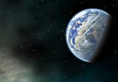 Erdplanet mit einem Seitenschatten auf Kosmos spielt Hintergründe die Hauptrolle Stockfotografie