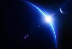 Erdsonnenaufgang mit Mond im Raum Stockfotos