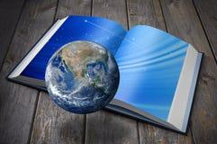 Erdwissens-Buch-Zeit stockbilder