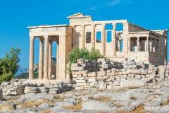 Erechtheion i akropolen av Aten, Grekland Arkivfoton