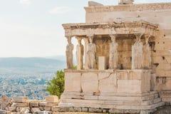 Erechtheion i akropolen av Aten, Grekland Royaltyfri Bild