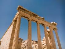 Erechtheionen eller Erechtheumen är en gammalgrekiskatempel royaltyfri fotografi