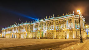 Erem w St Petersburg zimy nocy widoku Zdjęcie Royalty Free