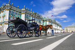 Eremitério no quadrado do palácio, St Petersburg, Rússia Foto de Stock