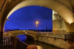 Eremitboningbro på natten Royaltyfri Fotografi