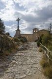 Eremitboningen av San Frutos är restna av ett forntida kloster- som lokaliseras i landskapet av Segovia arkivbild