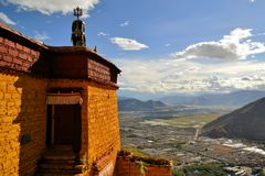 Eremo di Utse sopra Sera Monastery, Lhasa, Tibet Fotografia Stock Libera da Diritti