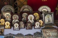 Ereván, Armenia, el 17 de septiembre de 2017: Regalos simbólicos armenios aw Fotos de archivo