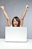 Erfolg auf Computer Lizenzfreie Stockbilder