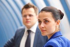 Erfolgreiche Geschäftspaare Lizenzfreie Stockfotos