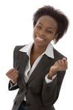 Erfolgreiche glückliche lokalisierte afroe-amerikanisch schwarze Frau im Geschäft stockbild