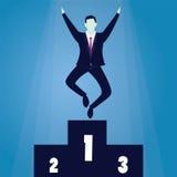 Erfolgreicher Geschäftsmann Winner auf Podium Stockbilder